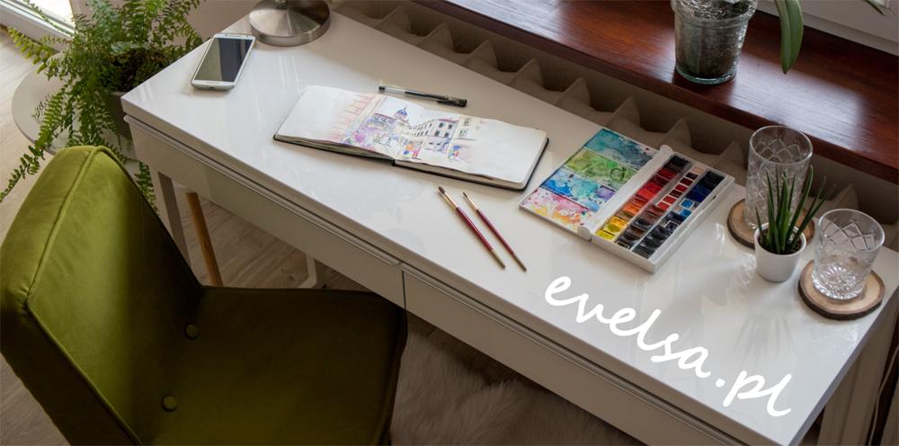 biurko do malowania akwarelami