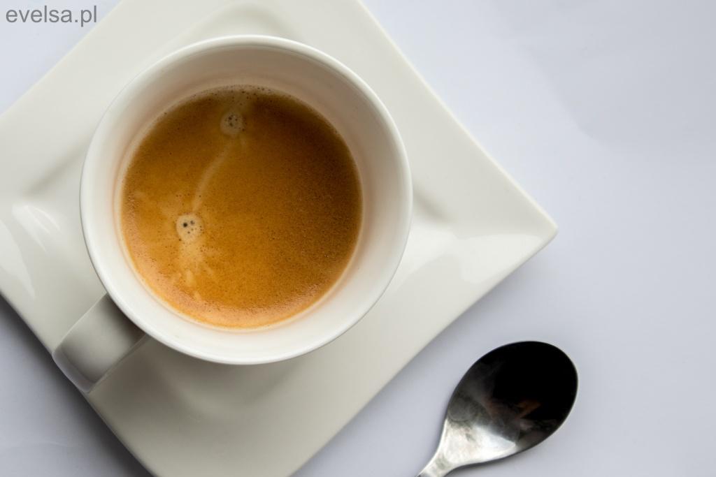 Jak namalować akwarelami filiżankę kawy tutorial kawa filizanka martwa natura mini