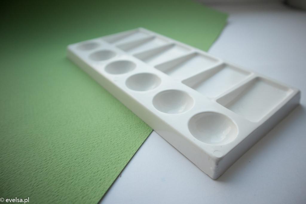 plastikowa paleta do akwareli